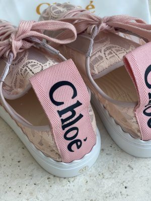Chloé Lace-Up Sneaker pink