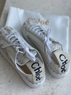 Chloé Lace-Up Sneaker natural white
