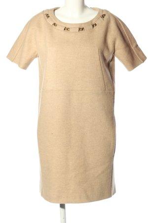 Chloé Vestido de lana crema moteado look casual