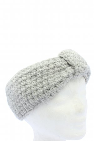 Chocolate Earmuff light grey cable stitch casual look