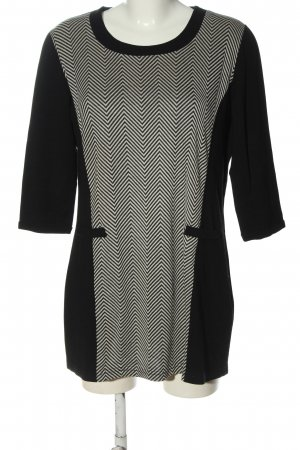 Christa Probst Long Sweater black-white graphic pattern casual look