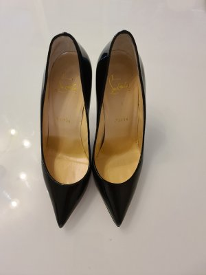 Christian Louboutin Pointed Toe Pumps black