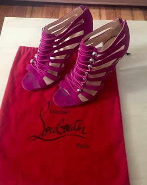 Christian Louboutin Original Pumps