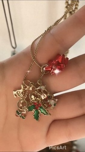 Christmas Necklace ✨