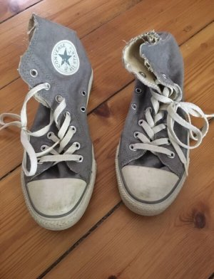 Converse Lace-Up Sneaker grey