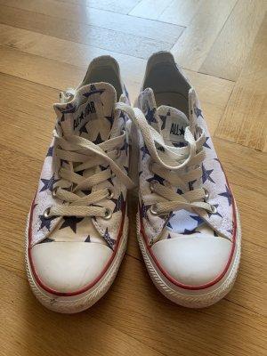 Chucks Converse Sterne