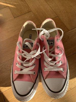 Chucks pink