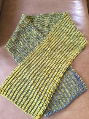 COS Écharpe en tricot gris foncé-jaune citron vert laine