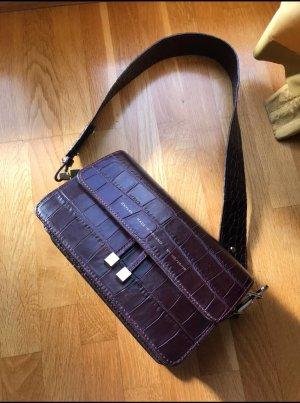 "CHYLAK Shoulder bag ""glossy burgundi crocodile"""