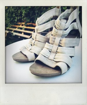 Peep Toe Pumps light grey