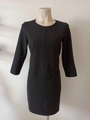 Cinque Vestido ceñido de tubo negro
