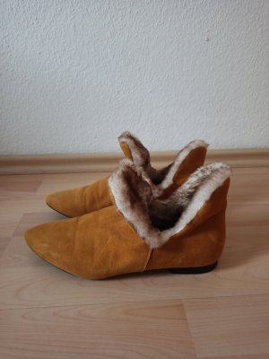 Cinque Cut Out Booties sand brown