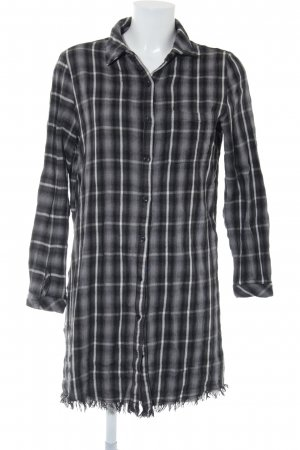 Circle of Trust Shirtwaist dress check pattern casual look