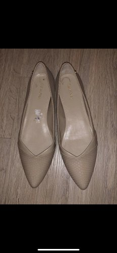 Calvin Klein Ballerinas with Toecap cream leather