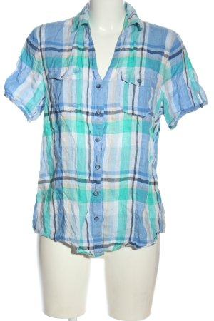 Clarina Lumberjack Shirt allover print street-fashion look