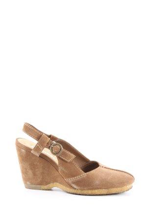 Clarks Zapatos de cuña marrón look casual