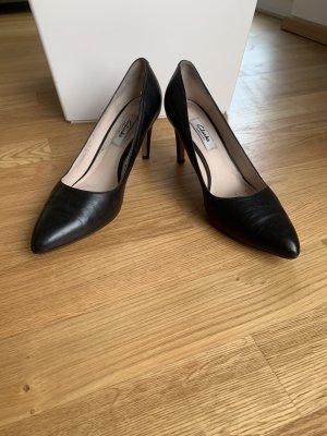 Clarks Classic Court Shoe black leather
