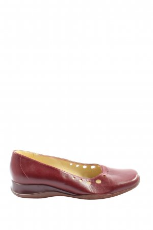 Clarks Slip-on Shoes red casual look