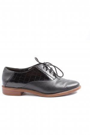 Clarks Oxfords black animal pattern casual look