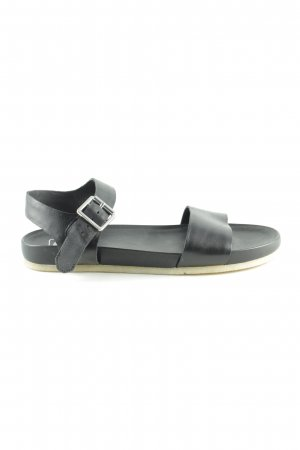 Clarks Strapped Sandals black casual look