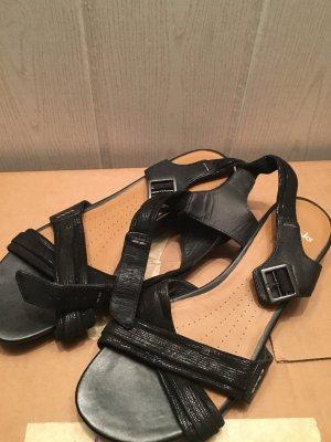 CLARKS Sandalen active Air, mit schwarzen Riemchen, wenig getragen