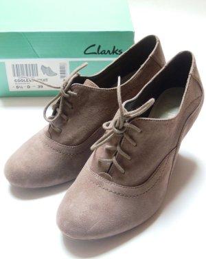 Clarks Scarpa a coda di rondine marrone-grigio Pelle