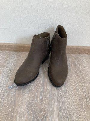 Clarks Stiefelette Boots grün Leder Gr. 37,5