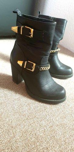 Claudia Ghazzani Schwarze Stiefel mit Golden schnallen u. Verzierung. Größe:36