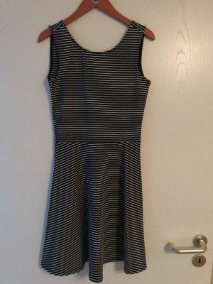 Clockhouse Kleid A-Linie Babydoll Streifen Rückenausschnitt Gr. 34