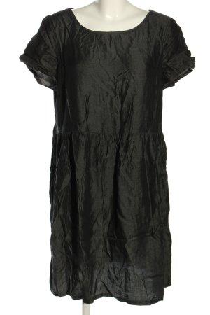 Clockhouse Shortsleeve Dress black weave pattern casual look
