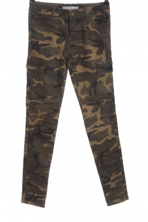 Clockhouse Tube Jeans camouflage pattern casual look