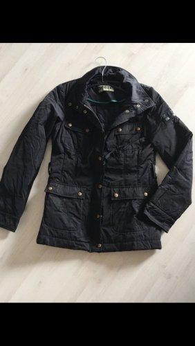 Closed Jacke in schwarz Größe S