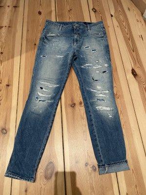 Closed Jeans Cropped Worker, Mittelblau gewaschen mit destroyed Details, 27 Inch