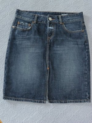 Closed Jeans Rock, Pencil Skirt, Gr. 42 (= dt. Gr. 36). Sehr guter Zustand!
