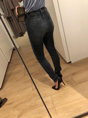 Closed Jeans wie neu Lizzy 25