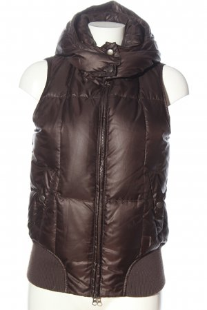 Closed Hooded Vest brown quilting pattern casual look