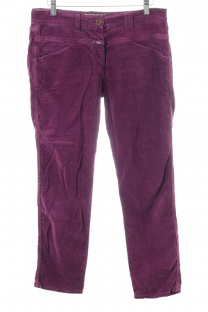 Closed Peg Top Trousers lilac casual look
