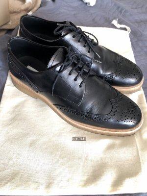 Closed Zapatos Budapest negro