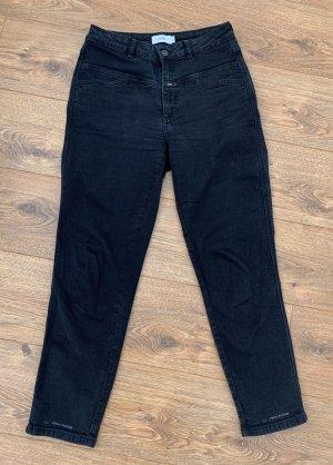 Closed High Waist Jeans black