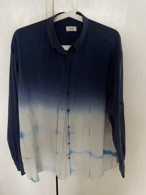 Closed Blusa in seta bianco-blu scuro