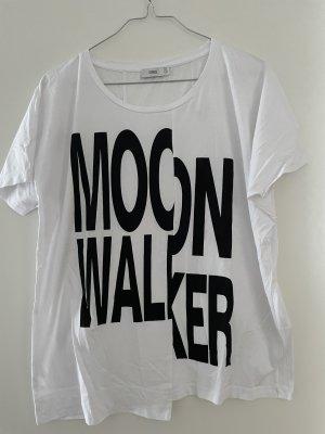 Closed Shirt - Moonwalker