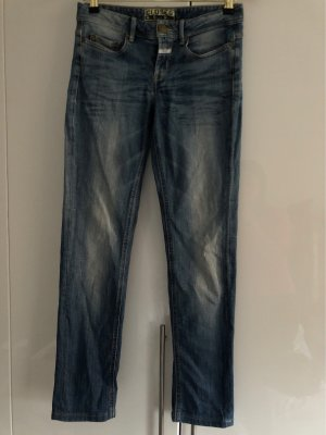 Closed United Straight Jeans 28