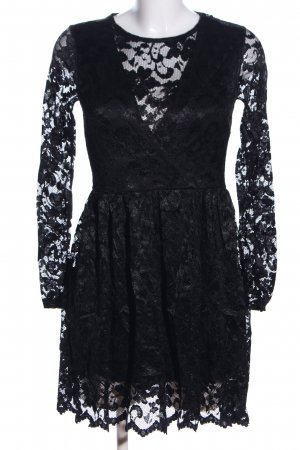 Club L Lace Dress black flower pattern casual look