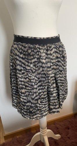 Club Monaco Miniskirt black-natural white