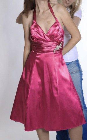 Suknia balowa magenta