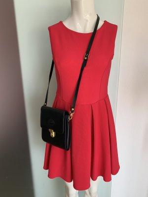 Vestido corte imperio rojo frambuesa