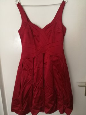 Cocktaildress in Rot