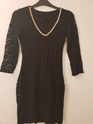 Cocktailkleid-schwarz-spitzenkleid