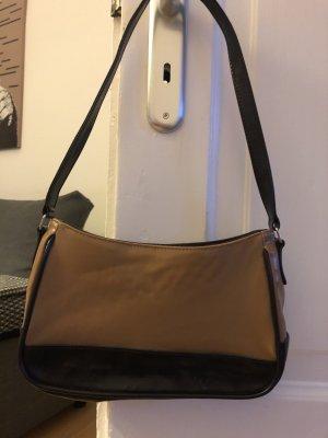 Cognacfarbene Handtasche