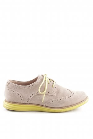 Cole Haan Wingtip Shoes nude-primrose casual look